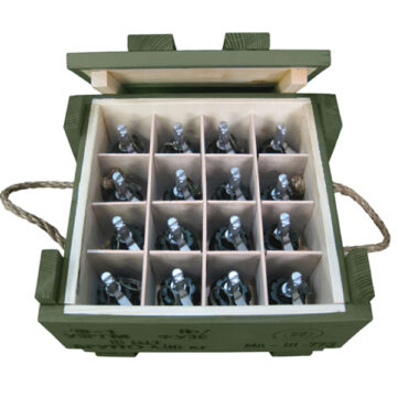 F-1 Soviet Frag Grenades Crate (with 16x Replica Grenades)