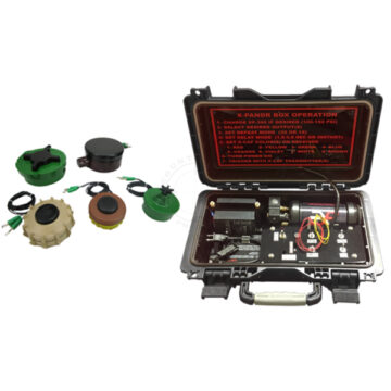 Functional A.P. Landmine Kit (Wireless) & X-PANDR Pneumatic Blast / Flash Simulator